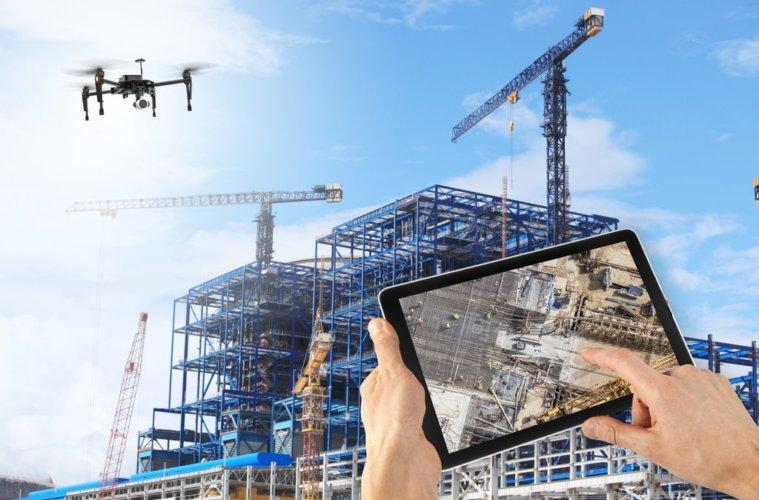 utilização-de-drones-na-construção-civil-denissegeler_construction_1024-1024x683-759x500